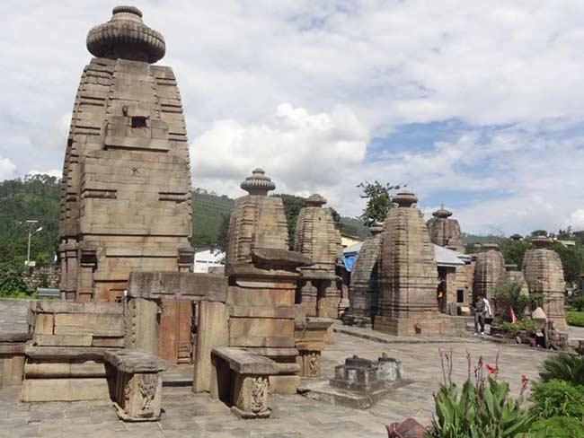 Baijnath temple in Kausani